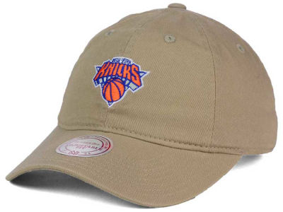New York Knicks Mitchell and Ness NBA Dad Hat Strapback