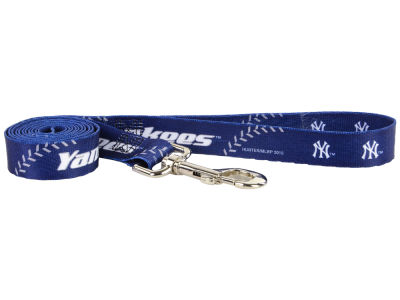 New York Yankees 6 Foot Dog Leash