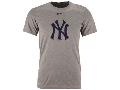 New York Yankees MLB Men's BP Logo Legend T-Shirt