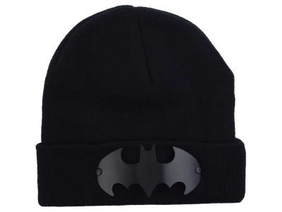 DC Comics Batman Metal Badge Knit