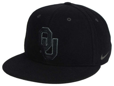 Oklahoma Sooners Nike NCAA New Day True Snapback Cap