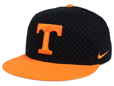 Tennessee Volunteers Nike NCAA Local DNA Seasonal True Snapback Cap