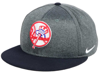 New York Yankees Nike MLB True Snapback Cap