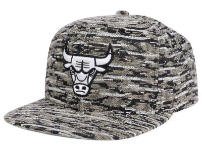 Chicago Bulls Mitchell and Ness NBA Rugged Snapback Cap
