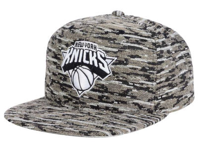 New York Knicks Mitchell and Ness NBA Rugged Snapback Cap