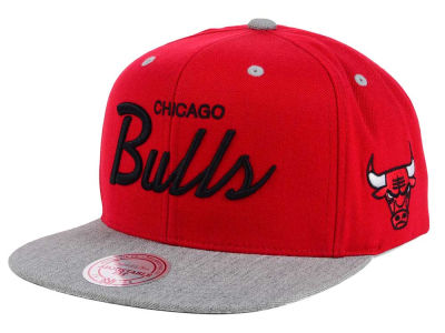 Chicago Bulls Mitchell and Ness NBA Heather Special Script Snapback Cap