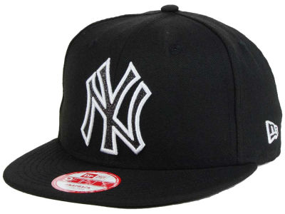 New York Yankees New Era MLB Black-Tallic 9FIFTY Snapback Cap