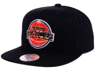 Detroit Pistons Mitchell and Ness NBA Carat Snapback Cap
