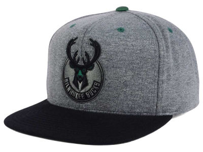 Milwaukee Bucks Mitchell and Ness NBA Black Broad St Snapback Cap