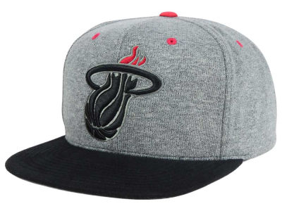 Miami Heat Mitchell and Ness NBA Black Broad St Snapback Cap