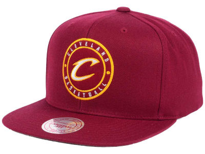 Cleveland Cavaliers Mitchell & Ness NBA Circle Patch Snapback Cap