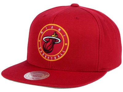 Miami Heat Mitchell and Ness NBA Circle Patch Snapback Cap