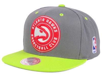 Atlanta Hawks Mitchell & Ness NBA Under Over Snapback Cap