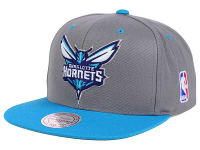 Charlotte Hornets Mitchell and Ness NBA Under Over Snapback Cap