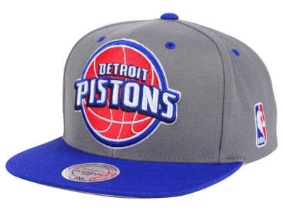 Detroit Pistons Mitchell & Ness NBA Under Over Snapback Cap
