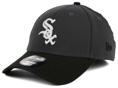 Chicago White Sox New Era MLB Graphite Team Classic 39THIRTY Cap