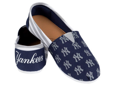 New York Yankees Canvas Stripe Shoe