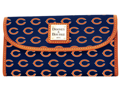 Chicago Bears Dooney & Bourke Continental Clutch