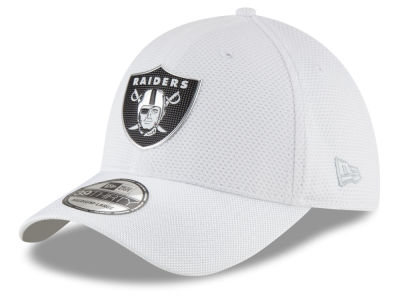 Oakland Raiders New Era 2016 NFL On Field Color Rush 39THIRTY Cap