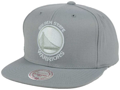 Golden State Warriors Mitchell and Ness NBA Team Gray White Snapback Cap