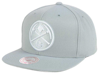 Denver Nuggets Mitchell & Ness NBA Team Gray White Snapback Cap
