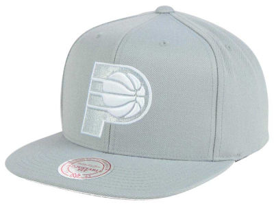 Indiana Pacers Mitchell and Ness NBA Team Gray White Snapback Cap