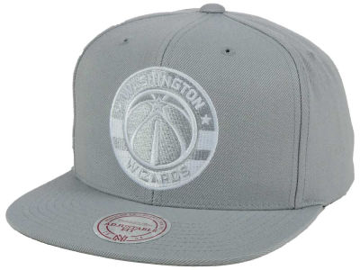 Washington Wizards Mitchell and Ness NBA Team Gray White Snapback Cap