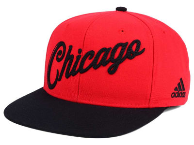Chicago Bulls adidas Seasons Greeting Snapback Cap
