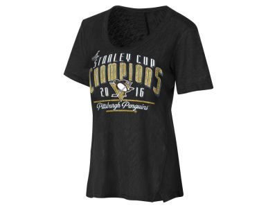 Pittsburgh Penguins GIII NHL Women's Varsity Champ T-Shirt