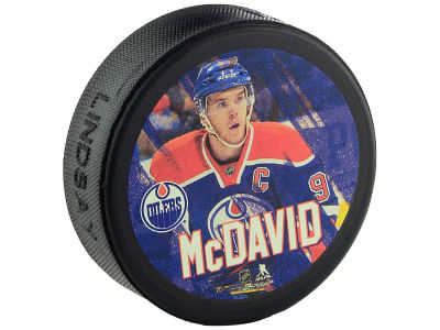 Edmonton Oilers Connor McDavid Player Puck