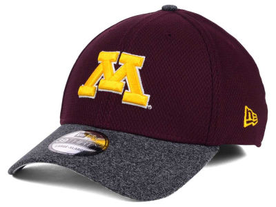 Minnesota Golden Gophers New Era Shadow Tech Diamond Era 39THIRTY Cap