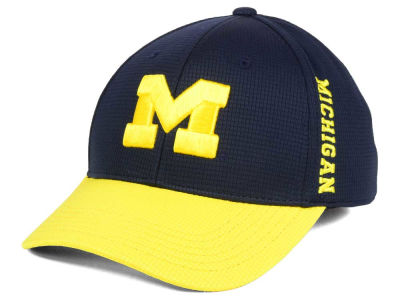Michigan Wolverines Top of the World Booster 2Tone Flex Cap