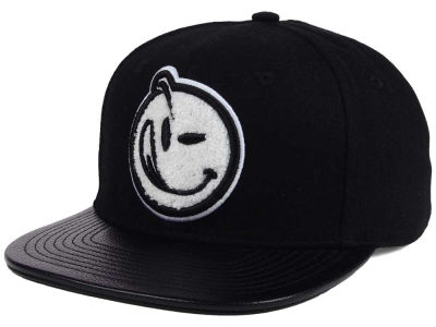 YUMS Melton Wool Leather Snapback Cap