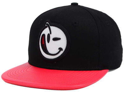YUMS Leather Brim Snapback Cap
