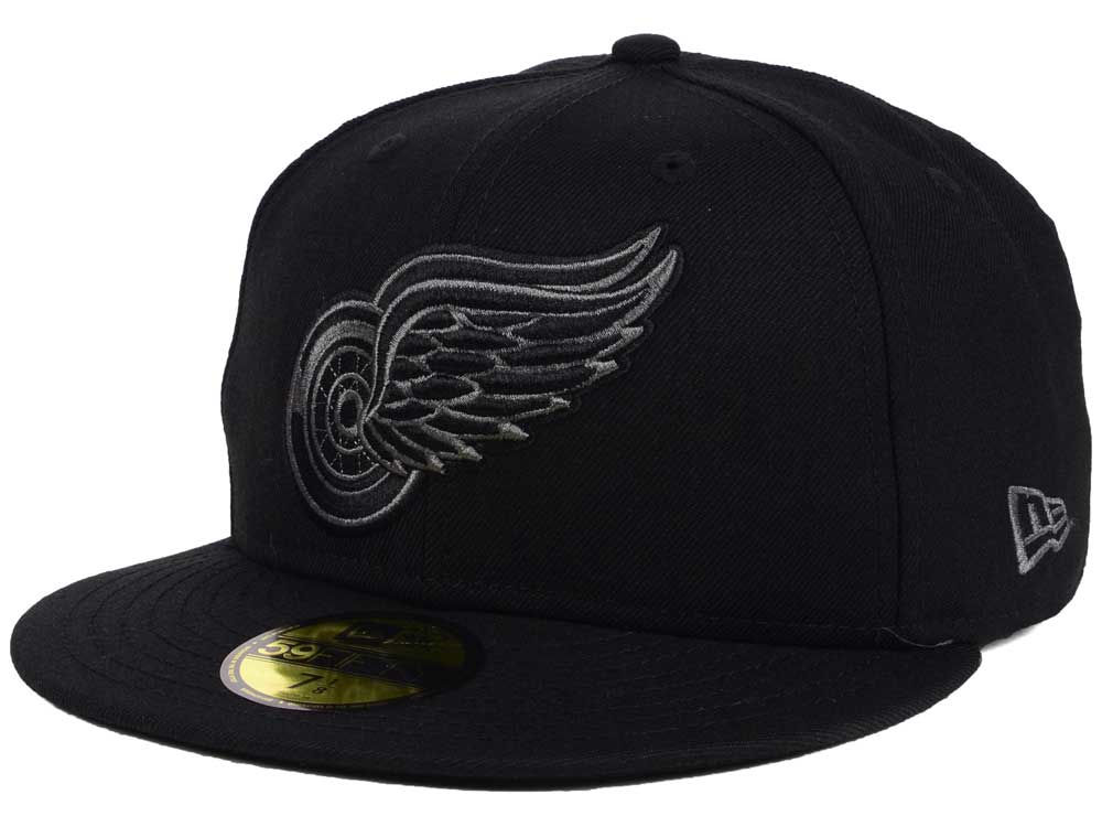 Detroit Red Wings New Era NHL Black Graph 59FIFTY Cap  6b17d6a06