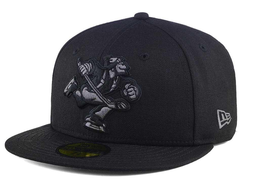 Vancouver Canucks New Era NHL Black Graph 59FIFTY Cap  191339ff2