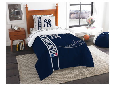 new york yankees twin soft cozy set - New York Yankees Bedroom Decor