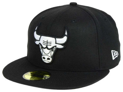 Chicago Bulls New Era NBA Black White 59FIFTY Cap