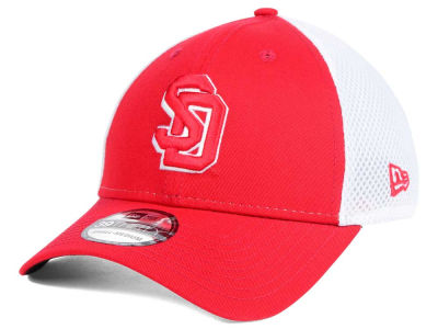 South Dakota Coyotes New Era NCAA Neo 39THIRTY Cap