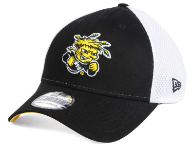 Wichita State Shockers New Era NCAA Neo 39THIRTY Cap
