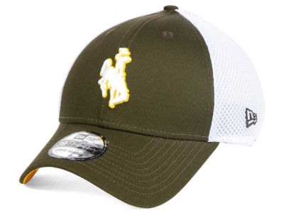 Wyoming Cowboys New Era NCAA Neo 39THIRTY Cap