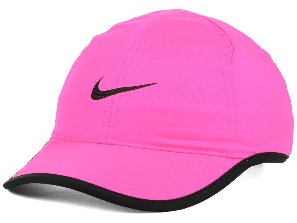 7e2ae2fc2ca Nike Women s Featherlight Cap