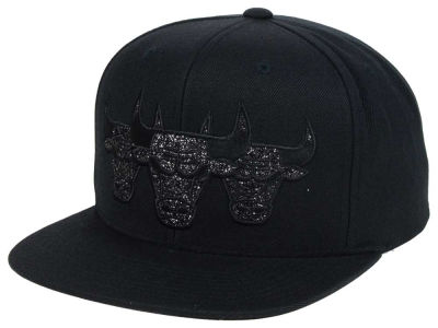 Chicago Bulls Mitchell & Ness NBA Triple Stack Metallic Snapback Cap