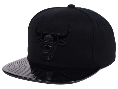 Chicago Bulls Mitchell and Ness NBA Patent Black Out Snapback Cap
