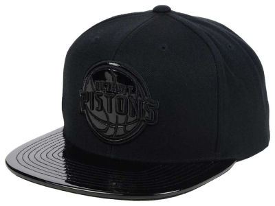 Detroit Pistons Mitchell and Ness NBA Patent Black Out Snapback Cap