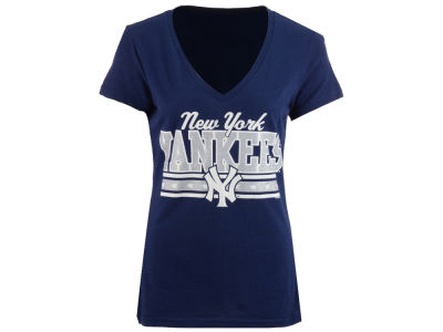 New York Yankees GIII MLB Women's Flyout Glitter T-Shirt