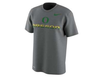 Oregon Ducks Nike NCAA Men's 2.0 Hook Legend T-Shirt