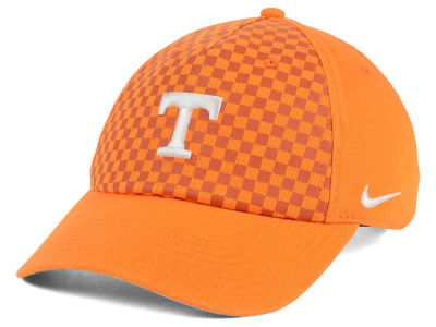 Tennessee Volunteers Nike 2016 NCAA Benassi Hook H86 Cap