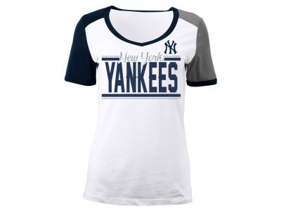 New York Yankees 5th & Ocean MLB Women's Cool Base Short Sleeve T-Shirt