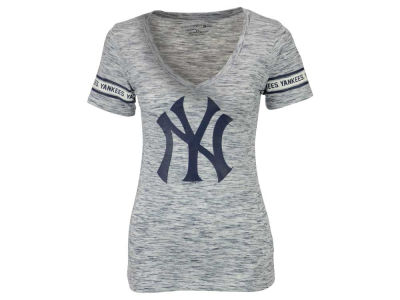 New York Yankees 5th & Ocean MLB Women's Space Dye Round Sleeve T-Shirt